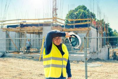 Почему чешские законы провоцируют нелегальное трудоустройство для иностранца