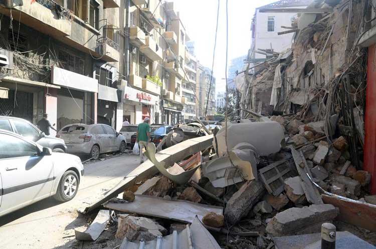 На помощь Бейруту: польские пожарные строят базу спасательной операции 2