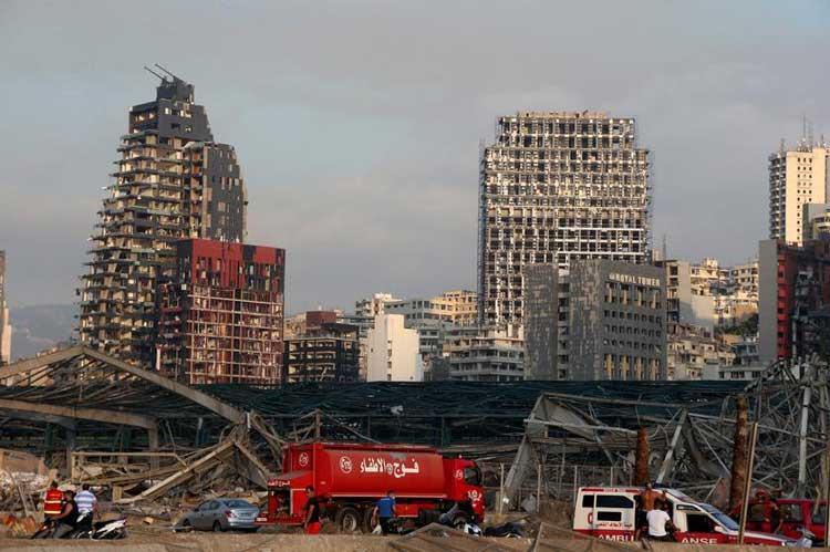 На помощь Бейруту: польские пожарные строят базу спасательной операции 4