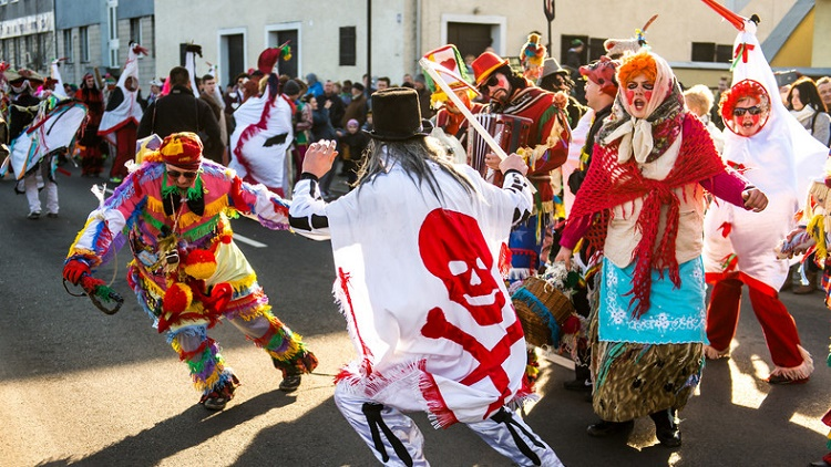 Что такое Тлусты чвартек🍩? Сладкие традиции в Польше на Жирный четверг 5